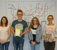 Büchereiteam 2016/2017: Silas Haake, Nane Weingarten, Anna Wadle und Alexa Lingner