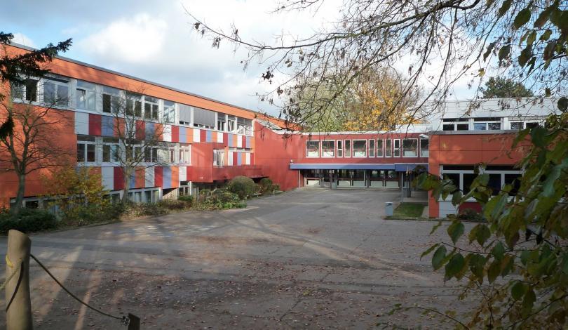 Gebäude B und A